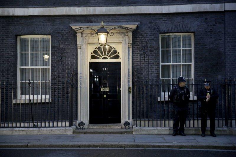 英國倫敦唐寧街10號(10 Downing Street)首相官邸(AP)