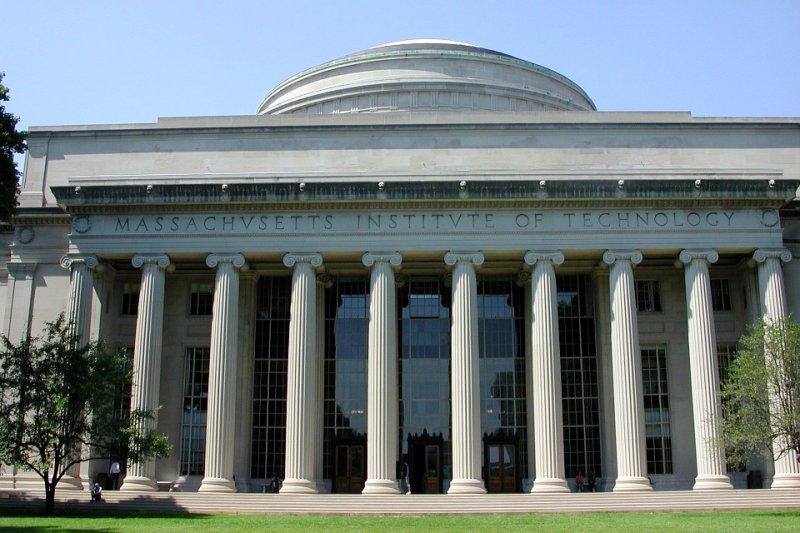 麻省理工學院(MIT)的Career Center釋出英文履歷範本。(圖/pixabay)