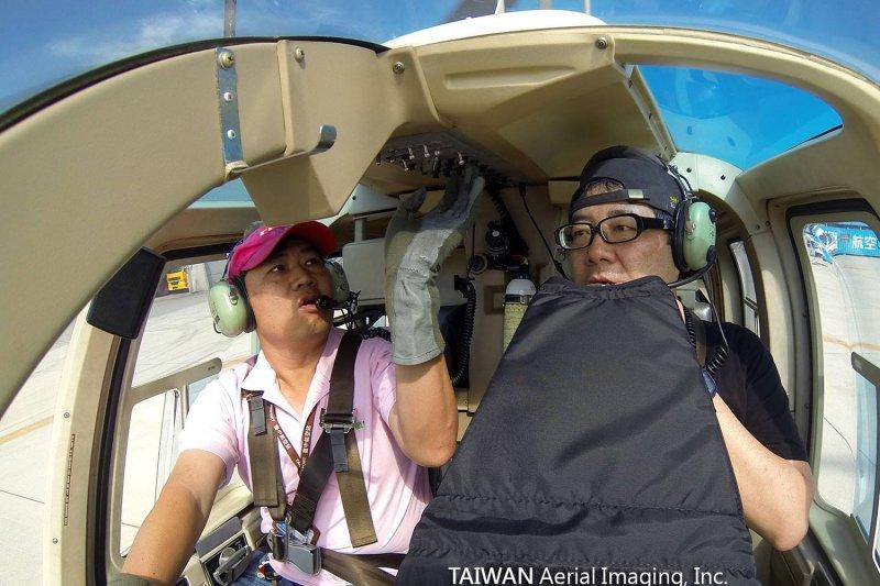 導演齊柏林在花蓮墜機過世,蔡英文說,齊導的作品讓我們看見台灣的美好,也激勵更多人加入保育國土的行列,他的過世是台灣極大的損失。(取自看見台灣臉書)