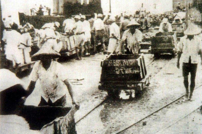 古早基隆人的生活,在泛黃的黑白照片中呈現。(圖/基隆市文化局提供)
