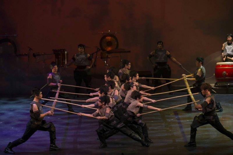 《木蘭》在莫斯科莫索维特劇院(Mossovet Theatre)的演出實況。(朱宗慶打擊樂團提供)