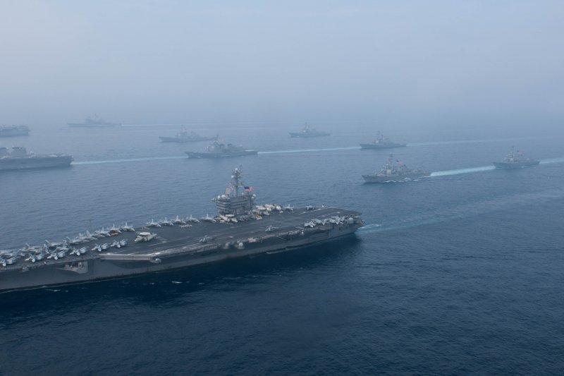 美軍費茲傑羅號驅逐艦(USS Fitzgerald DDG-62)參加日本海的美日軍演。(美國海軍官網資料照)