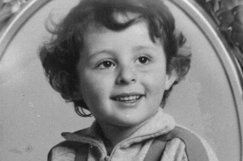 法國當代最大懸案之一「葛瑞格里案」發生在1984年10月,4歲男童葛瑞格里遭人殺害,兇手仍無蹤影。近日,調查人員靠筆跡鑑定與資訊分析軟體,案情終於出現重大轉折。(AP)