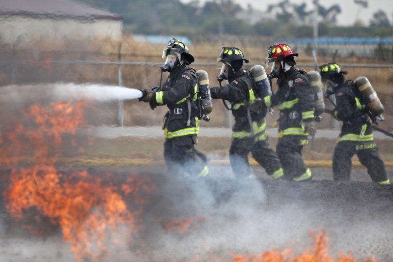 防災的三大迷思可能害你喪命,來聽聽消防專家正確的逃生觀念。(圖/USAG- Humphreys@flickr)