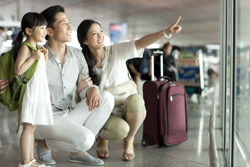 暑期旅遊季來臨,全球人壽提醒民眾旅行險投保五要,平安隨行。(圖/全球人壽提供)