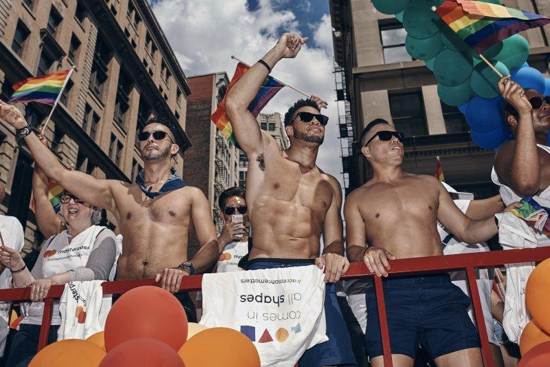紐約同志驕傲遊行盛大登場(AP)