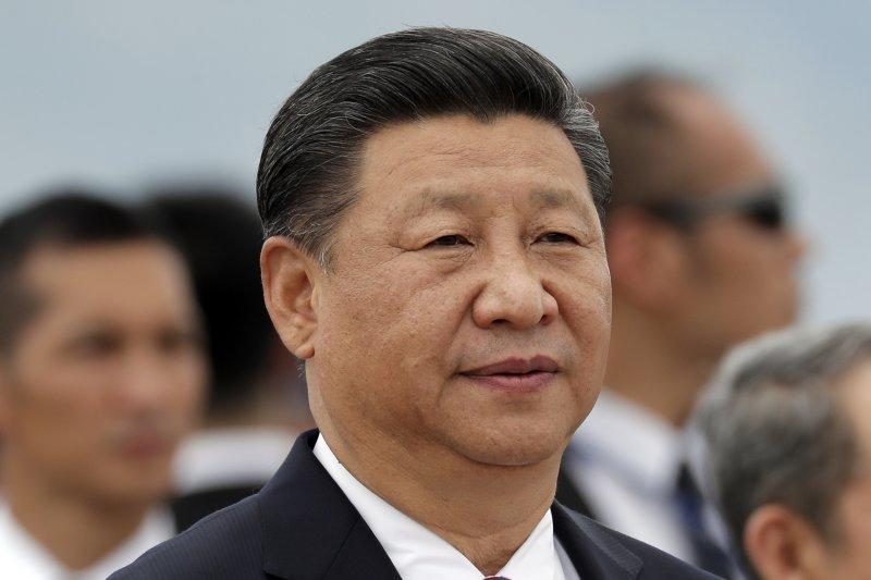 中國國家主席習近平在香港機場發表演說。(美聯社)