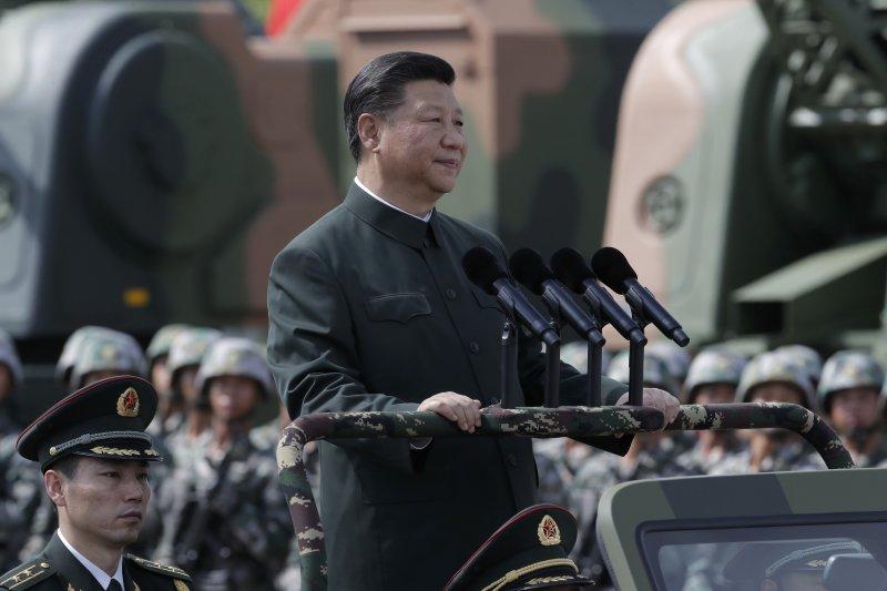 作者質疑,「大漢民族主義」者們的挑釁與攻擊,中國56個民族之間勢將群起抗之,分裂態勢很可能一夜成局,中國共產黨還能坐穩江山嗎?(資料照,AP)