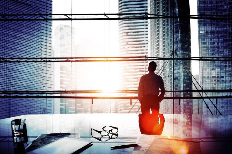 創業家在創業初期最常面臨的問題就是資金不足,如何獲得創業的第一桶金就成了重要關鍵。(圖/pixabay)