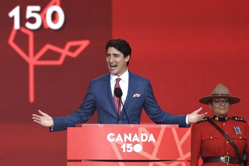 加拿大總理杜魯道致詞歡慶建國150周年(AP)