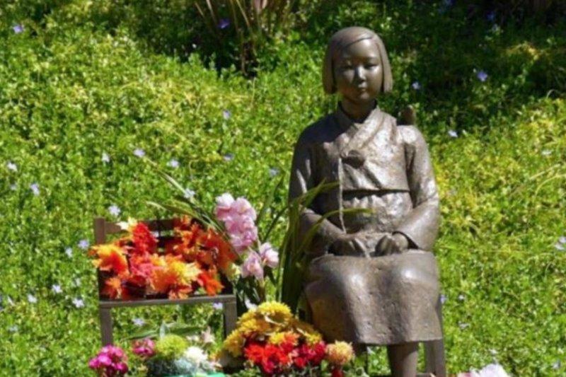 2013年加州樹立全美第一座慰安婦紀念塑像 。(美國之音)