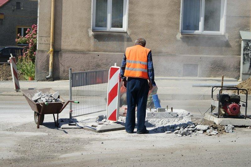 我們的勞動部,竟然可以不把工人的命當一回事。(圖/Grzegorz-Skibka@pixabay)