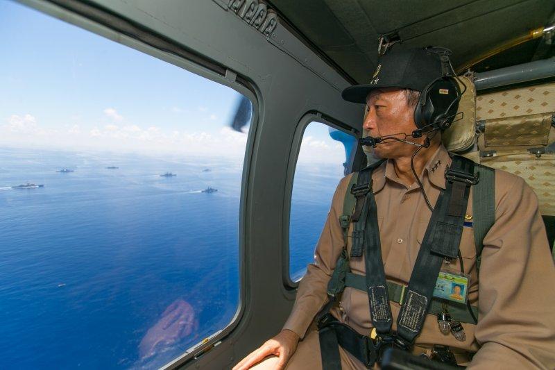 2017-07-04-國軍曾在遼寧號通過台海期間,派出海軍基隆級等7艘軍進行海空聯合軍演02-國防部提供