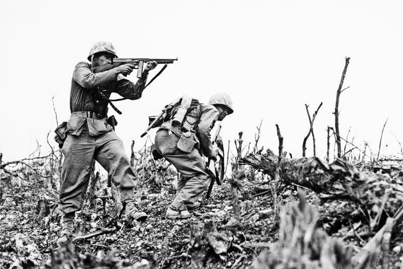 對美軍而言,沖繩是犧牲大量美軍士兵而來的占領地,因而此地更常出現比日本「本土」還激烈的性別歧視與性暴力...(圖/wikimedia commons)