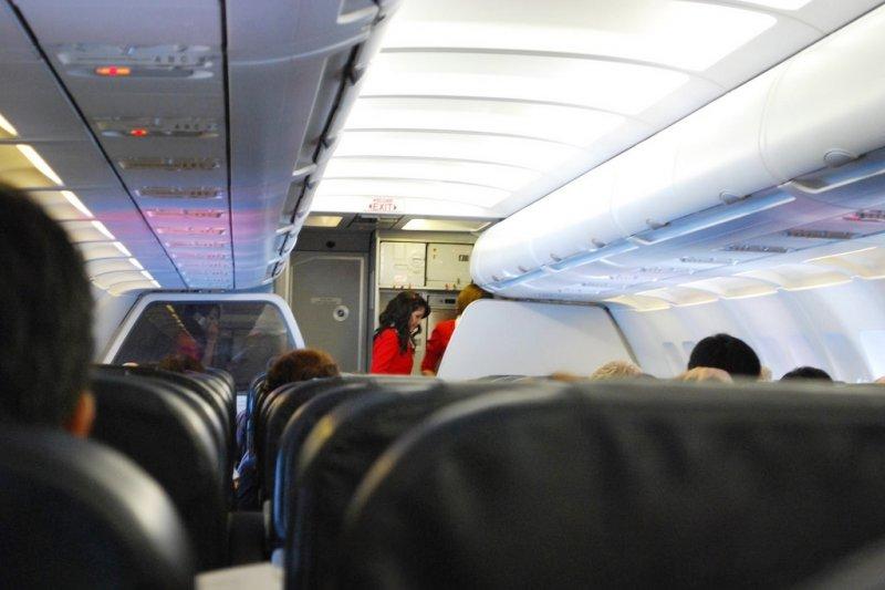 外表看似亮麗的空姐,實際工作卻潛藏危機...(圖/Alpha@flickr)