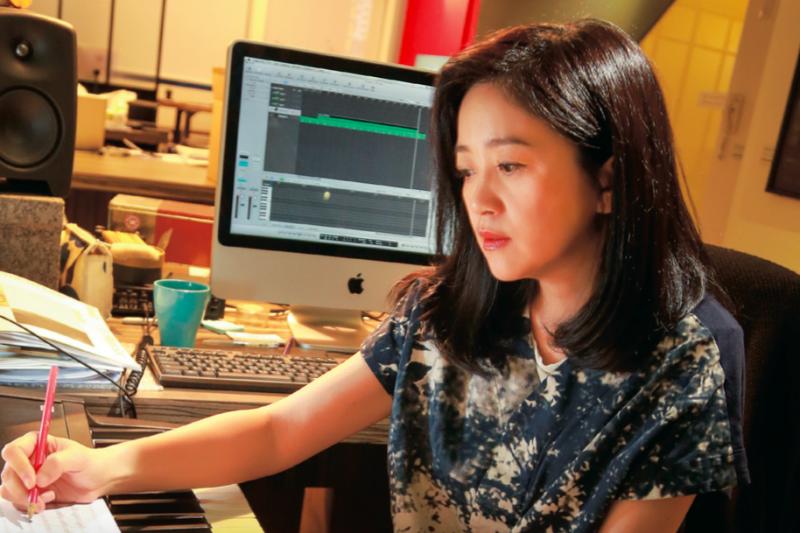 榮獲雙金肯定的女作曲家李欣芸。(圖/賀大新攝,經理人提供)