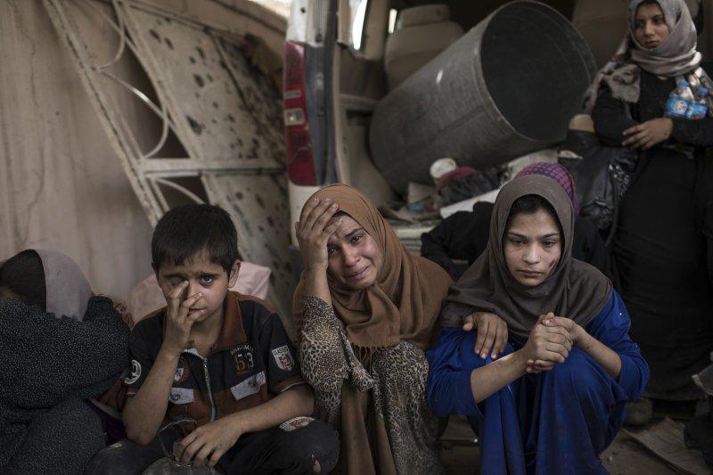 伊拉克政府軍收復「伊斯蘭國」在該國最重要的據點摩蘇爾(Mosul),平民死傷慘重(AP)