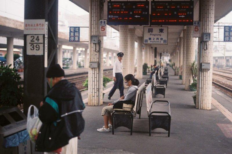 2017-07-10-屏東火車站-屏東車站-SAIKING@Flickr-CC BY3.0