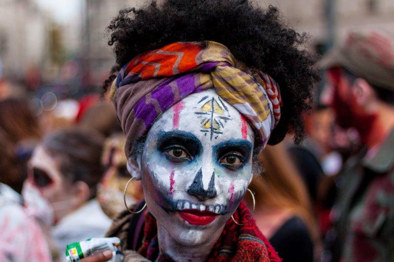 「喪屍」雖然常出現在美國的流行文化,但事實上「喪屍」背後有一段充滿殖民血淚的黑歷史。(圖/tangi bertin@flickr)