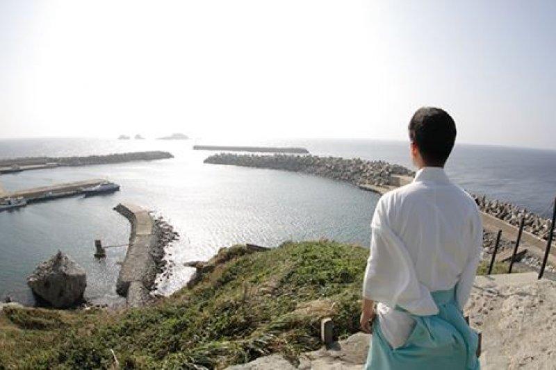 沖之島禁止女性上島,僅有1名男性神職人員能長年駐島。(翻攝宗像大社官網)