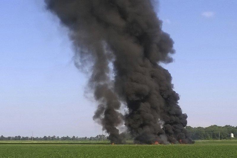 美軍KC-130空中加油機不幸墜毀。(美聯社)