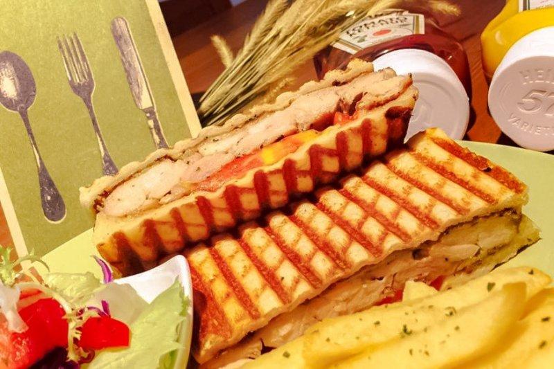 法朵廚房最熱銷的帕尼尼(圖片提供:法朵廚房)