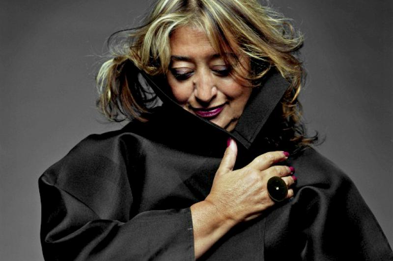 去年逝世的「建築女帝」札哈‧哈蒂(Zaha Hadid),建築風格前衛大膽,在全球建築界享富盛名。(圖/Zaha Hadid Architects官網)
