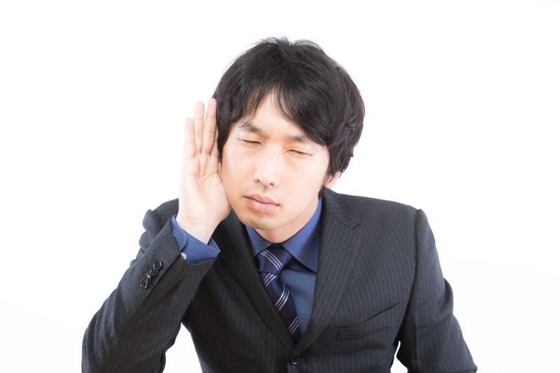 若非過多的耳垢導致健康問題,其實不需要特別清理。(圖/すしぱく@pakutaso)
