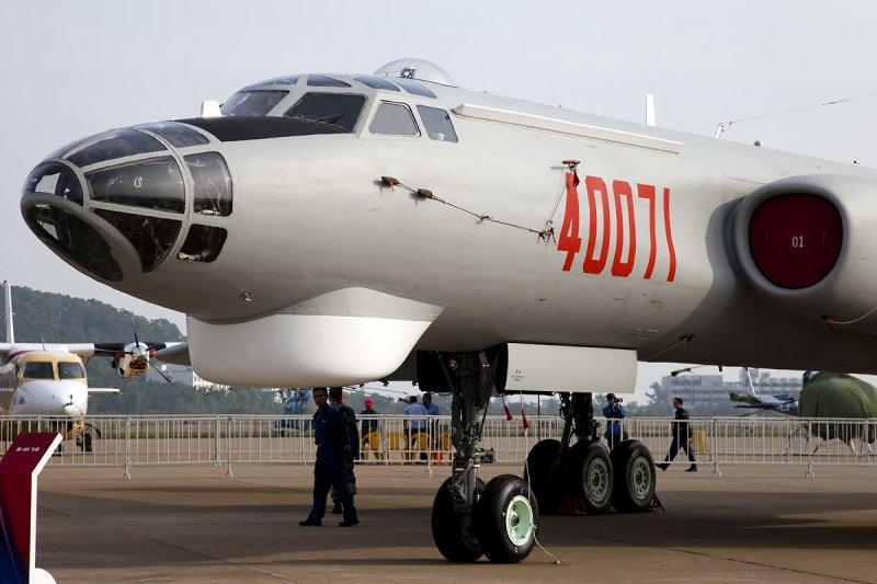 中國空軍「轟-6H」轟炸機(Allen Zhao@Wikipedia / GFDL 1.2)