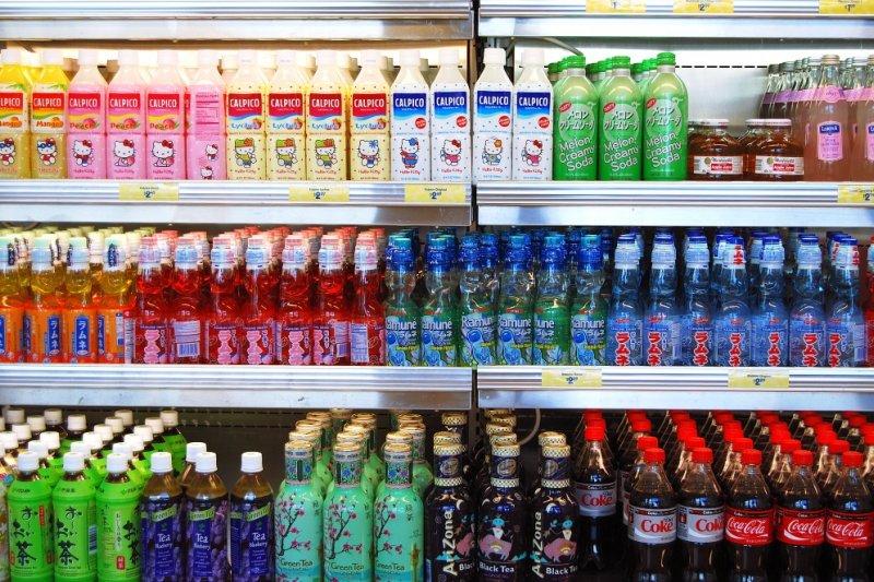 你知道一杯含糖飲料,隱藏多少疾病風險嗎?(圖/Janine@flickr)
