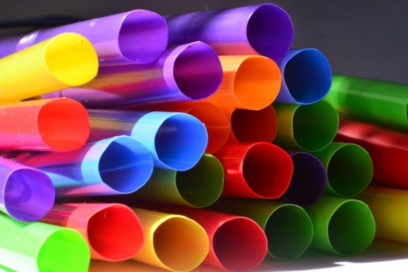 已成現代生活必需品的吸管是怎麼發明出來的呢?你知道第一代吸管其實非常環保嗎?(圖/flickr@wiley photo)