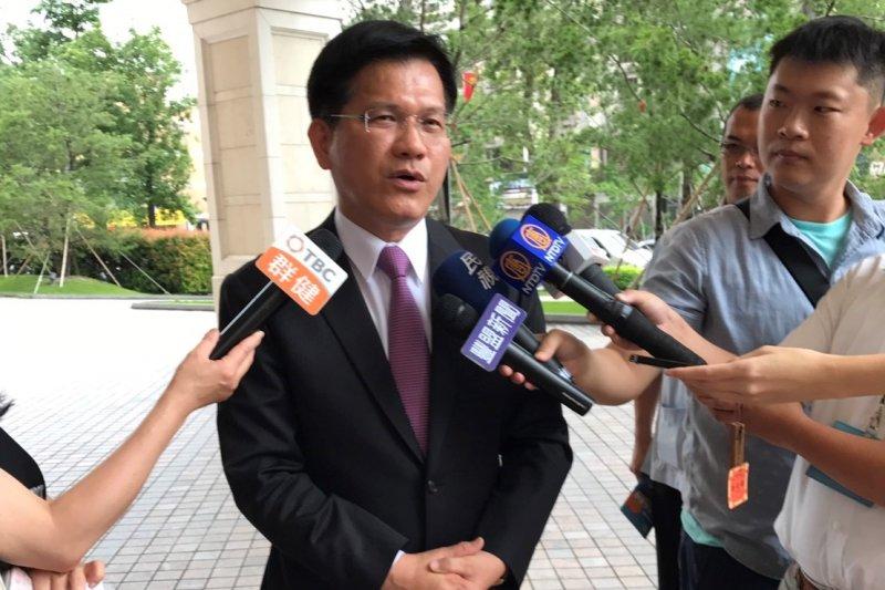 台中市長林佳龍受訪表示,兩岸學術論壇中共分化台灣,此舉將使國人更團結。(台中市政府新聞局)