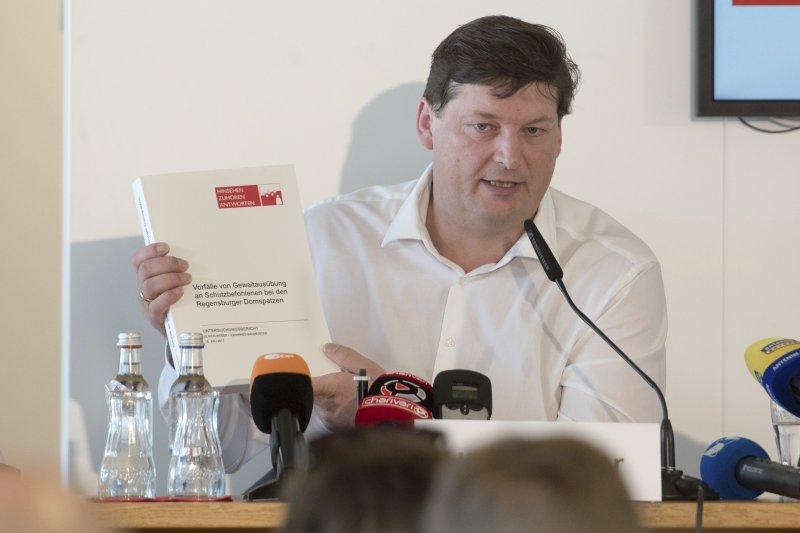 德國雷根斯堡主教座堂雲雀合唱團虐待性侵男童事件,律師韋伯公布最終調查報告(AP)