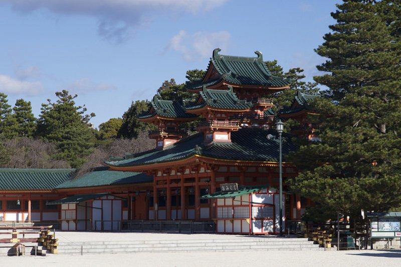平安神宮,為祭祀桓武天皇而創建的神社。(圖/Morgan_Calliope@flickr)