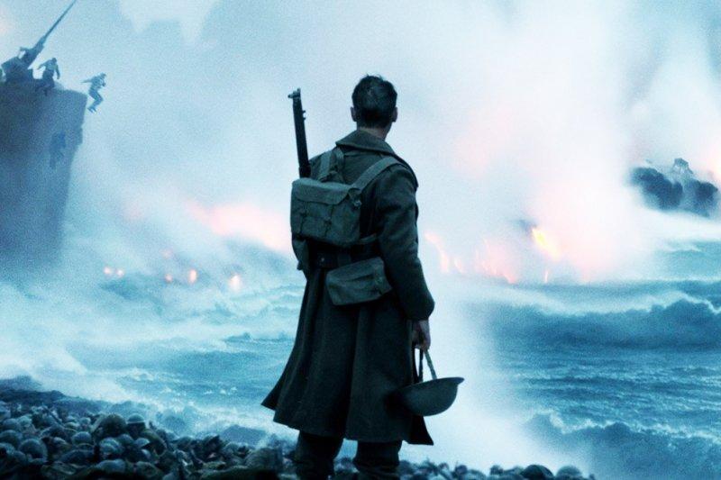 眾所囑目的「敦克爾克大行動」,顛覆傳統英雄片模式...(圖/Dunkirk@facebook)