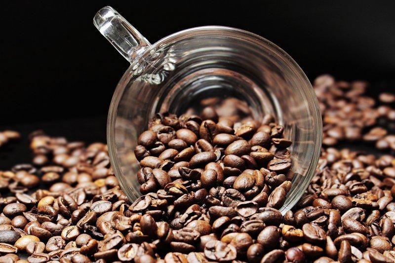 40℃是最適合萃取咖啡豆的最佳風味溫度,而營養價值的保存更需要無熱破壞(圖/pixel2013@Pixabay)