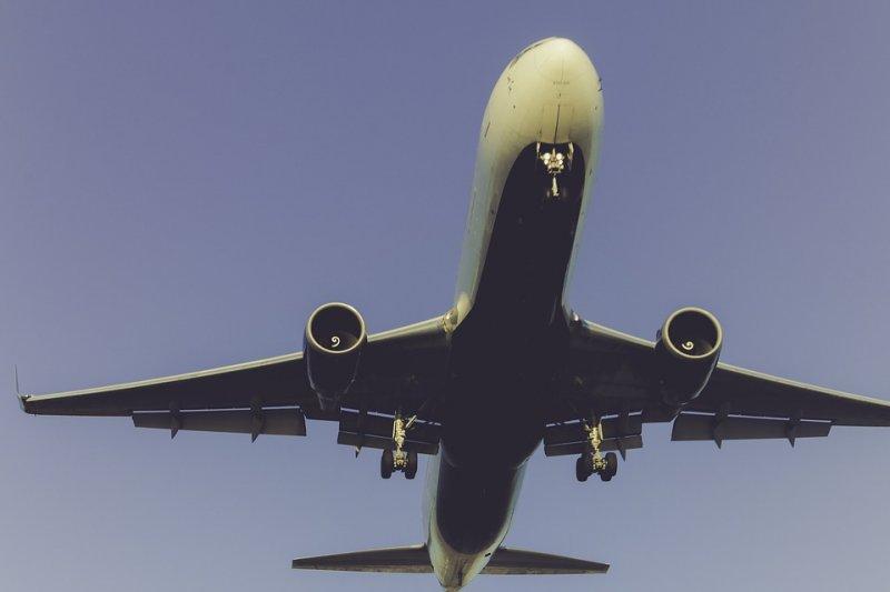 部分廉航業者在網路販售機票時,沒有明確標示座椅規格、乘客的體型限制等資訊,造成乘客困擾。(圖/Pexels@pixabay)