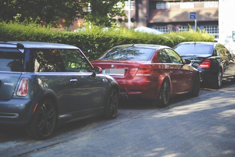 沒想到車子的氣味,也會影響買車意願。(示意圖/Pixabay)