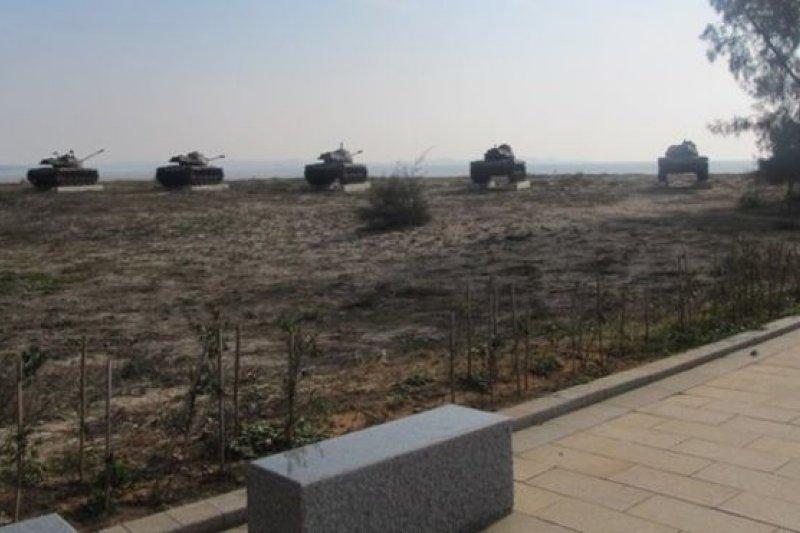當年的前線陣地如今是觀光勝地,國共的對峙成了旅遊的賣點。(BBC中文網)