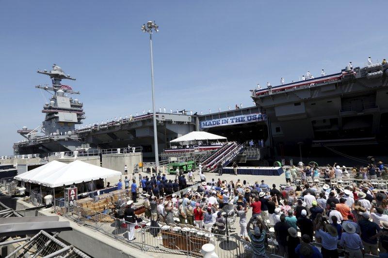 2017年7月22日,美軍福特號(USS Gerald R. Ford)航空母艦正式服役(AP)