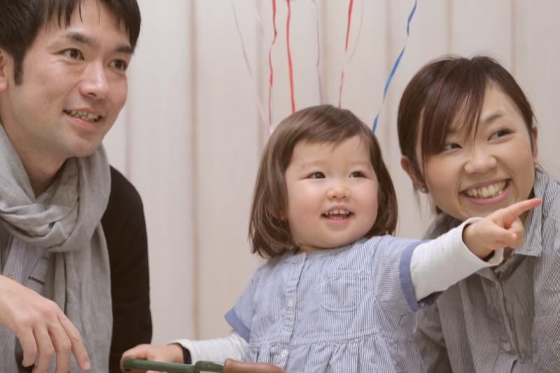 父母清楚表達指令,就是一個減少親子間衝突的方法。(示意圖非本人/翻攝自youtube)