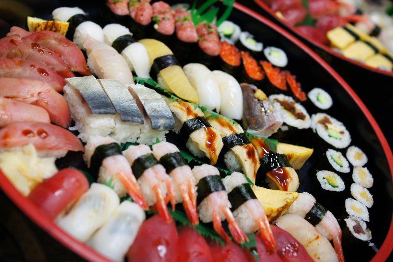 日本是台人旅遊的聖地,但你懂得日本的飲食文化和禁忌嗎?(圖/Enami Imane@Flickr)