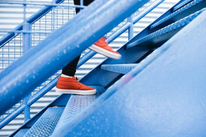 運動是治療退化性關節炎重要的一環。(示意圖/Free-Photos@pixabay)