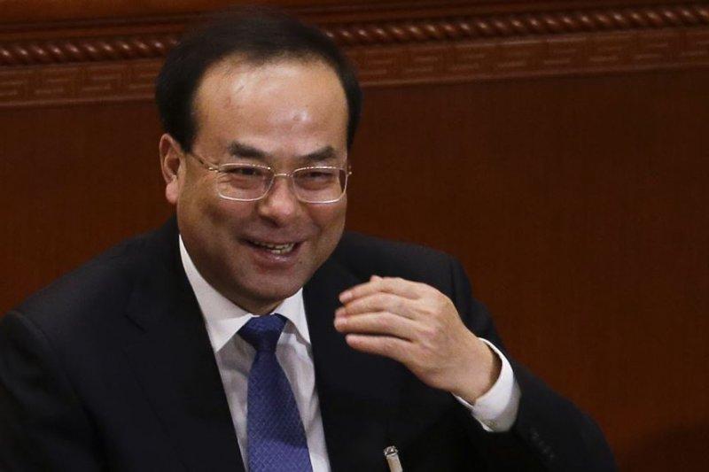 2017年3月6日,中共重慶市委書記孫政才在北京開會。美聯社當時說,孫政才是爭取在中共十九大成為政治局常委的競爭者之一。(美國之音)