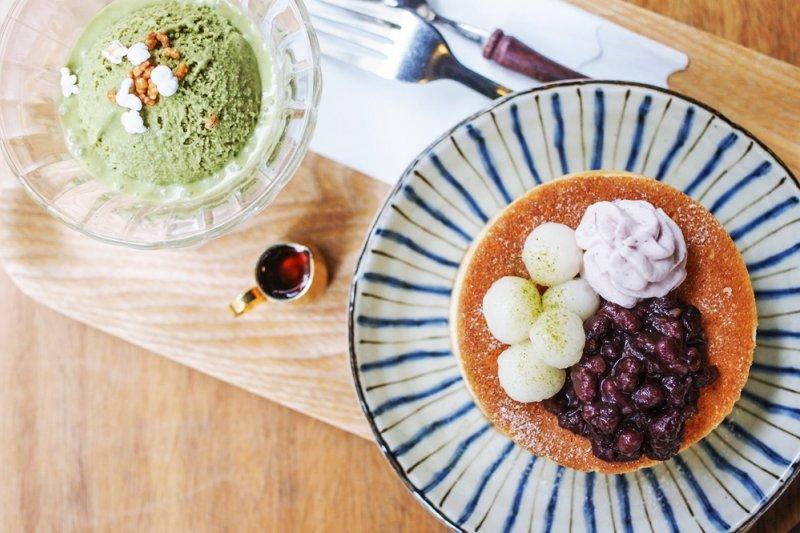 在台灣,就有許多不輸日本的日式咖啡廳(圖/喜八珈琲店@facebook)