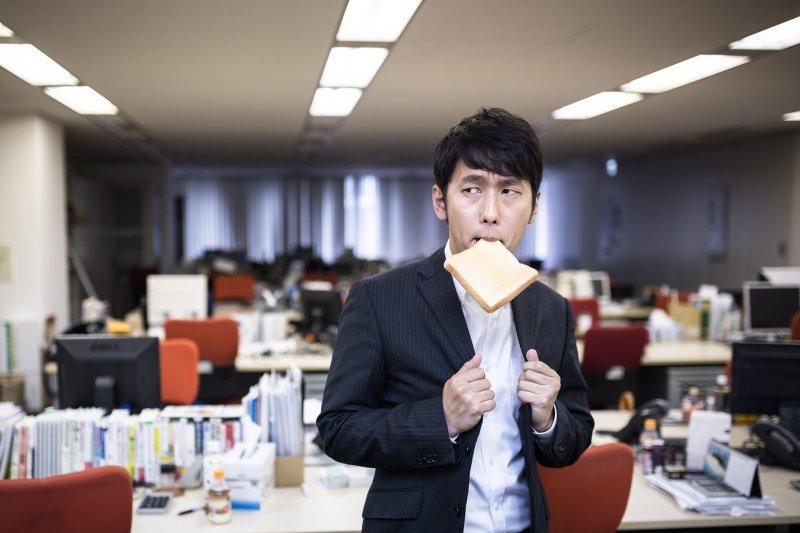 職場抗壓性跟飲食原來有密切關係!(圖/Pakutaso)