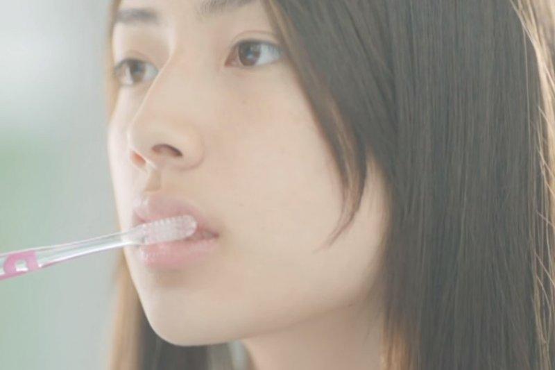 保持牙齦健康,可以使身體免於發炎!(示意圖/翻攝自youtube)