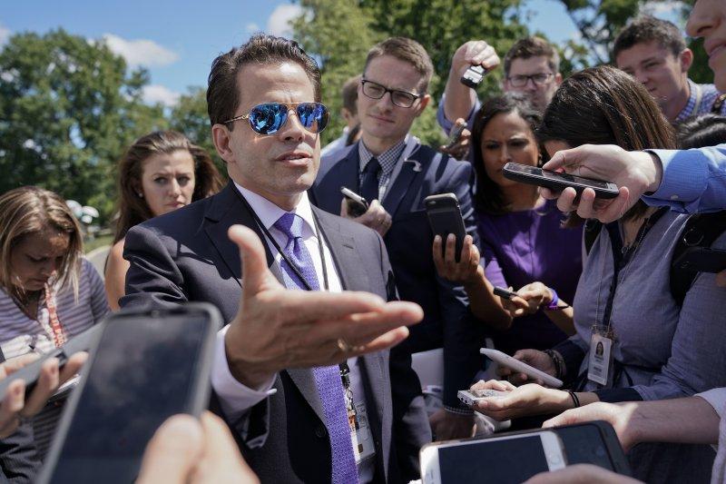 白宮新任公關主任史卡拉穆奇揚言整肅白宮新聞團隊,阻止再有消息外洩情形(AP)