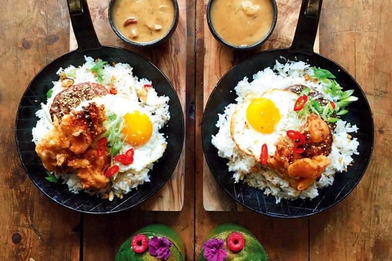 漢堡排配米飯可是夏威夷合併東西方的吃法!(圖/悅知文化提供)