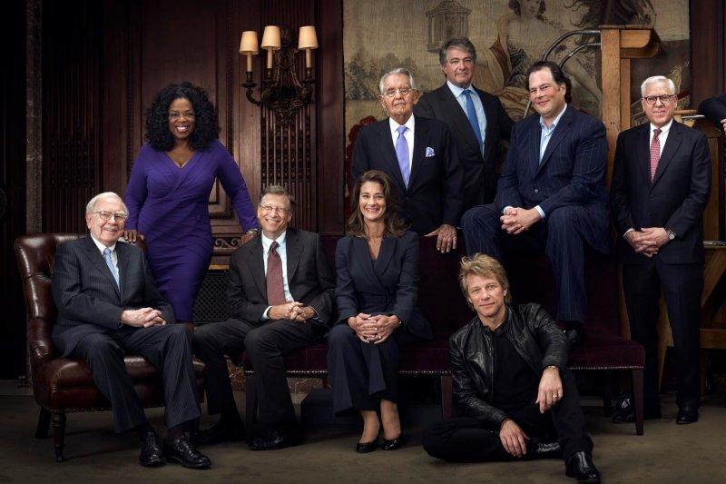 現任全球首富是誰?亞馬遜創辦人貝佐斯一天之內又從首富變回第二名。(圖/Forbes官網)
